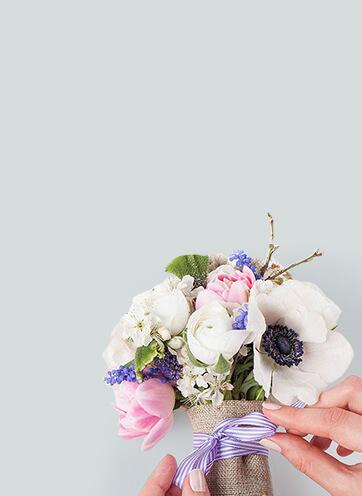 Anniversary Flowers Gants Hill